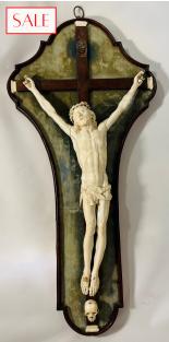 Antique ivory crucifix, 17th century. Antieke ivoren crucifix, 17de eeuw.
