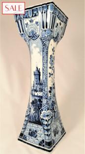 Large, antique vase, Royal Delft. Grote, antieke vaas, De Porceleyne Fles.