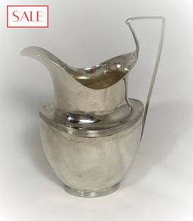 Antique silver Empire jug. Antieke zilveren Empire kan.
