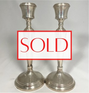 Antique silver candlestick set. Antieke zilveren set kandelaren