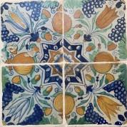 Tegelveld van vier tegels ster motief ca. 1625/ Compilation of four antique tiles with the star motif ca. 1625-20