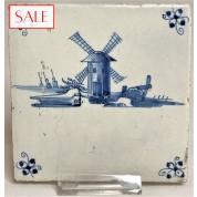 Tile with a image of a Windmill, circa 1675. Tegel met afbeelding van een Molen, circa 1675.-20