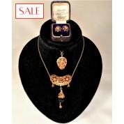 Antique set gold 14K earrings, necklace and pendant with garnet and pearls. Antieke set goud 14K oorstekers, collier en hanger met granaat en parels.-20