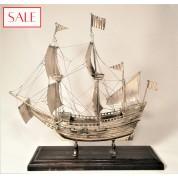 Silver VOC ship on foot. Zilveren VOC schip op voet.-20