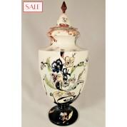 Antique vase with lid, Rozenburg. Antieke dekselvaas, Rozenburg.-20